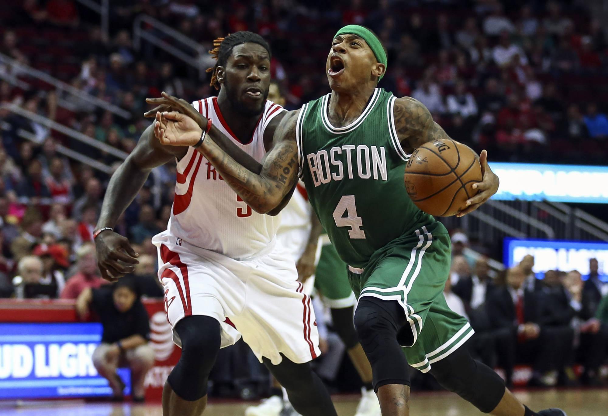 Isaiah Thomas Plays NBA 2K on Jumbotron