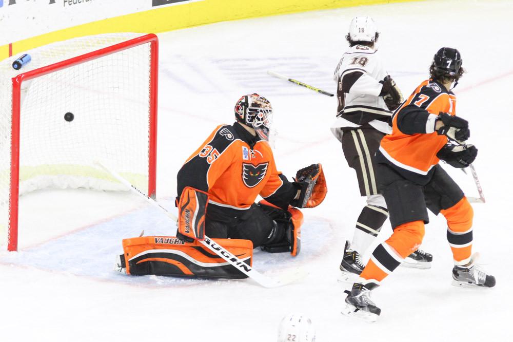Anthony Stolarz of Philadelphia Flyers to be First NJ Born Goalie to Start in NHL