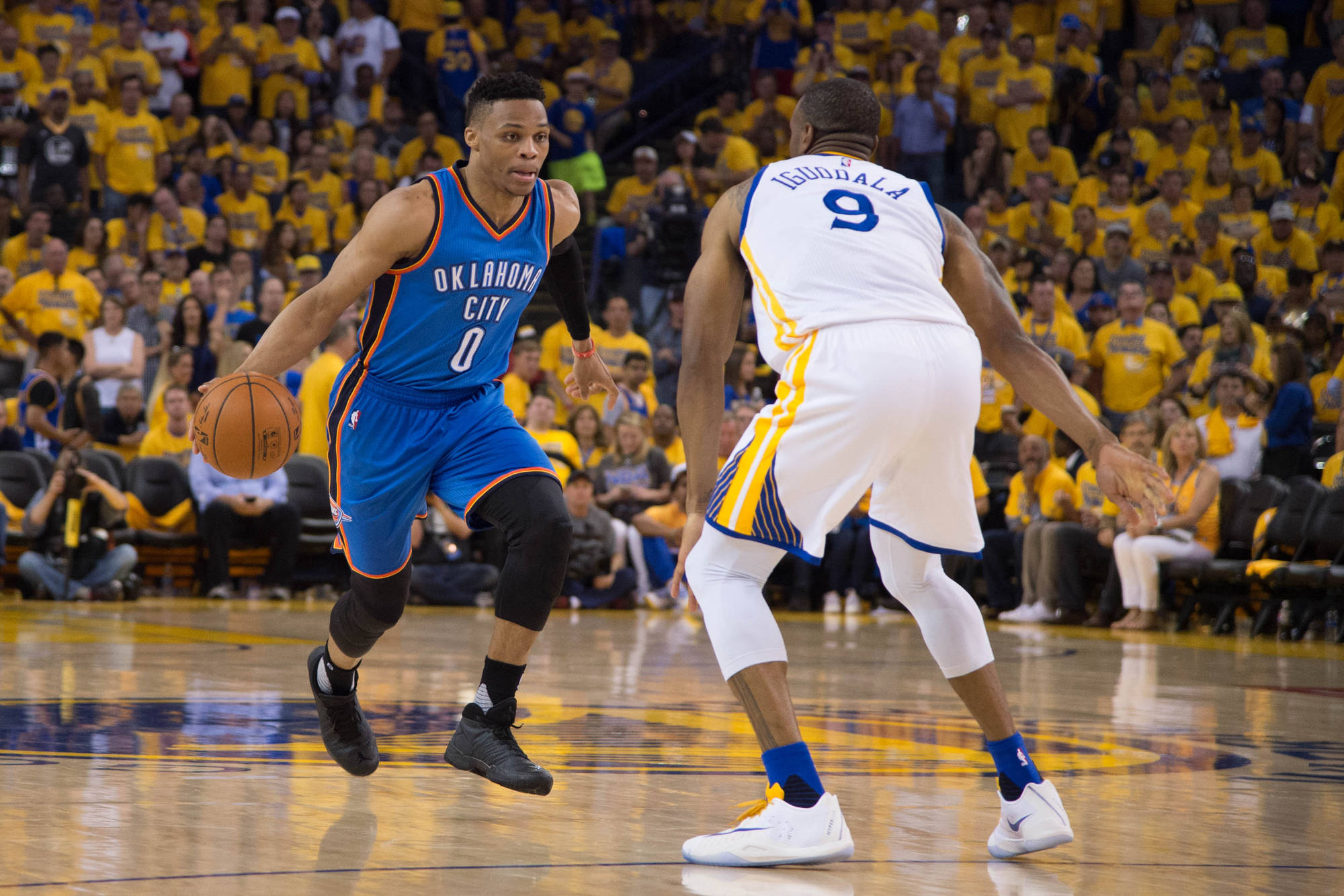 Westbrook Resigns with Thunder