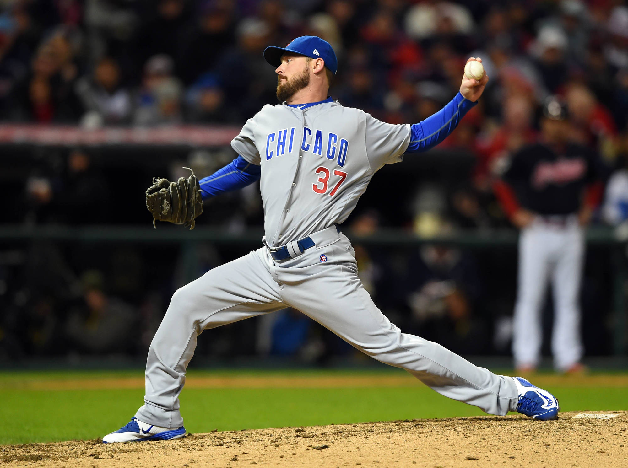 Royals Sign Two-Year Deal With Travis Wood
