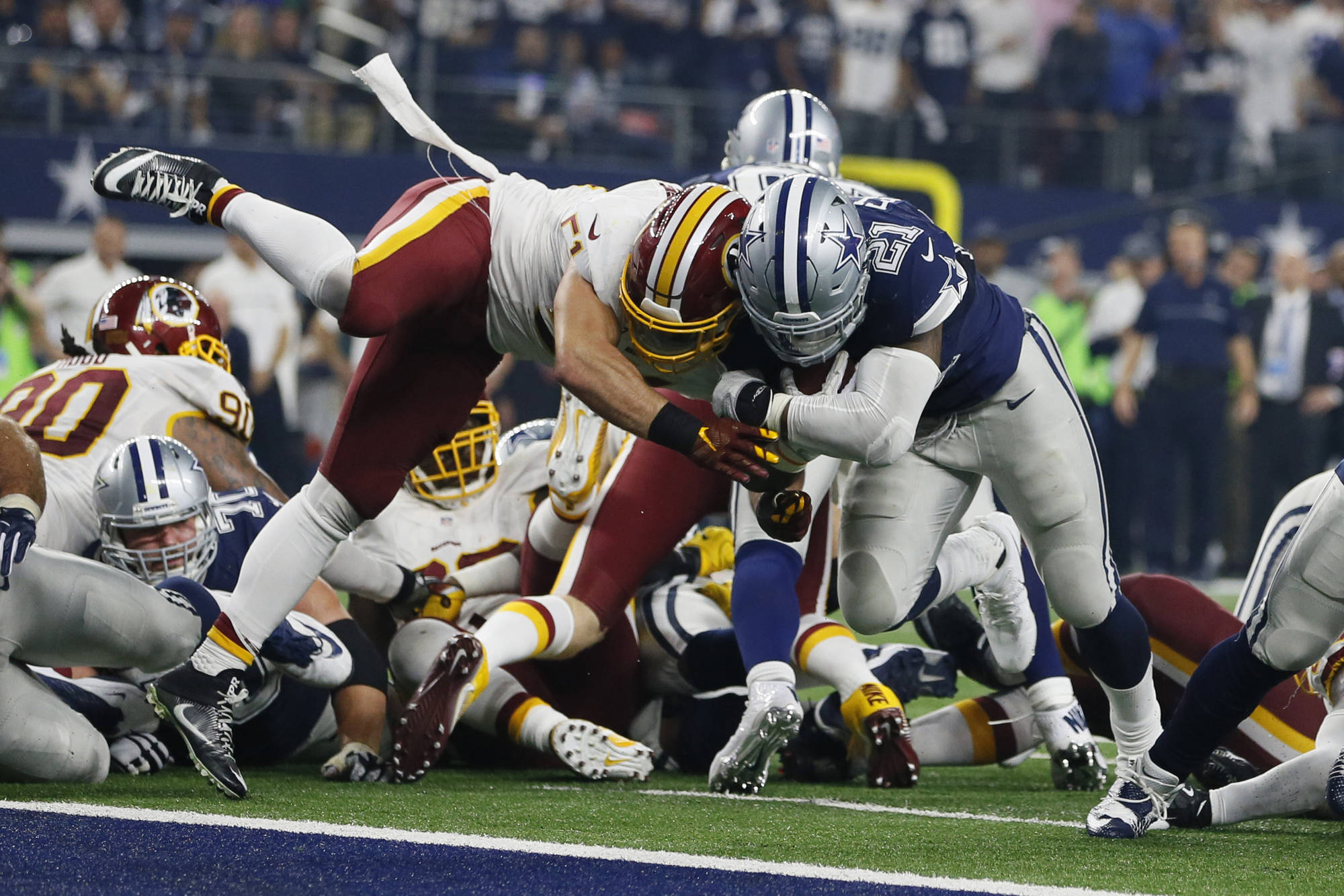NFL: Dez Bryant tweets reaction of Josh Norman scuffle