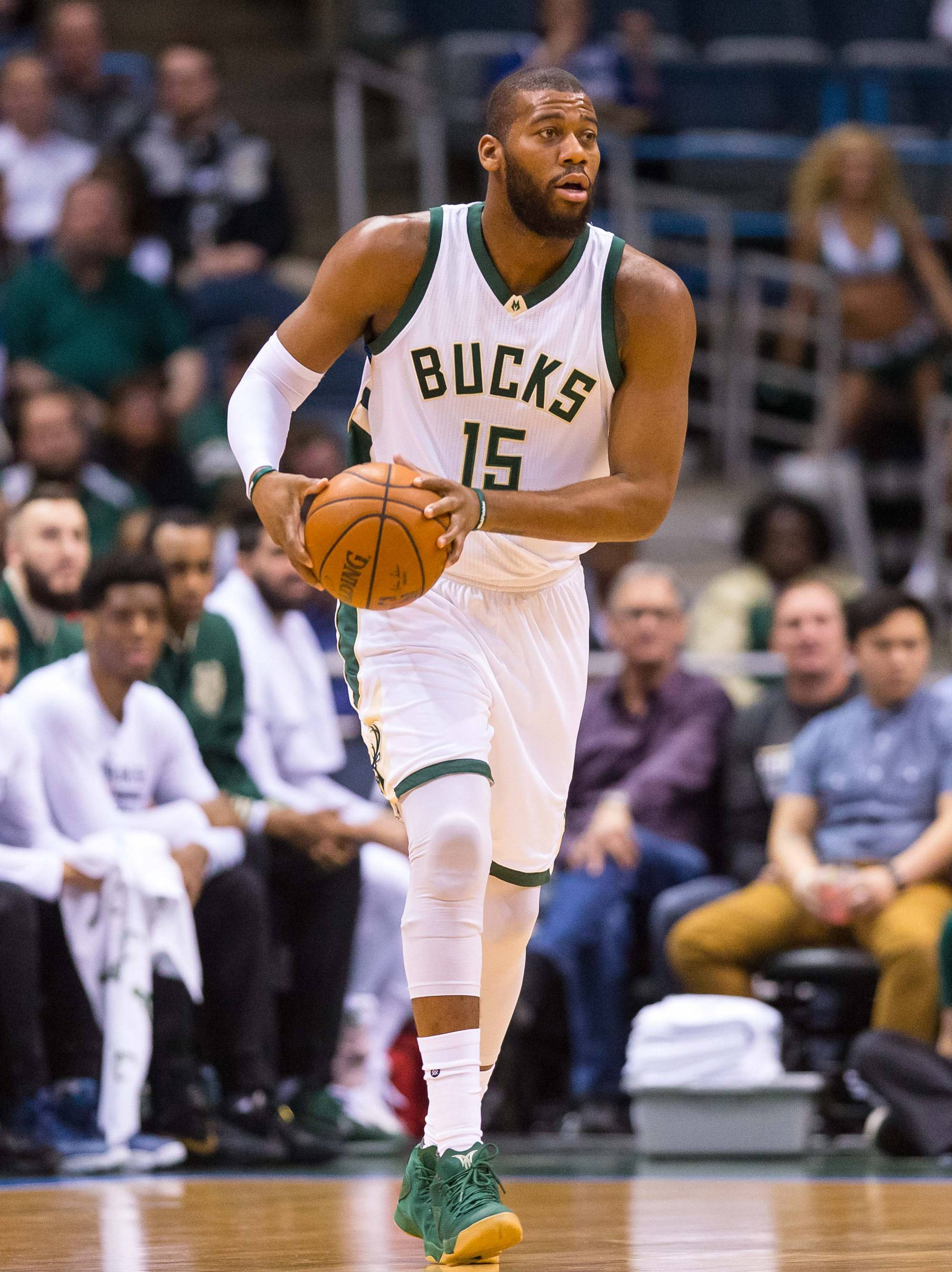 The San Antonio Spurs should trade for Milwaukee Bucks center Greg Monroe