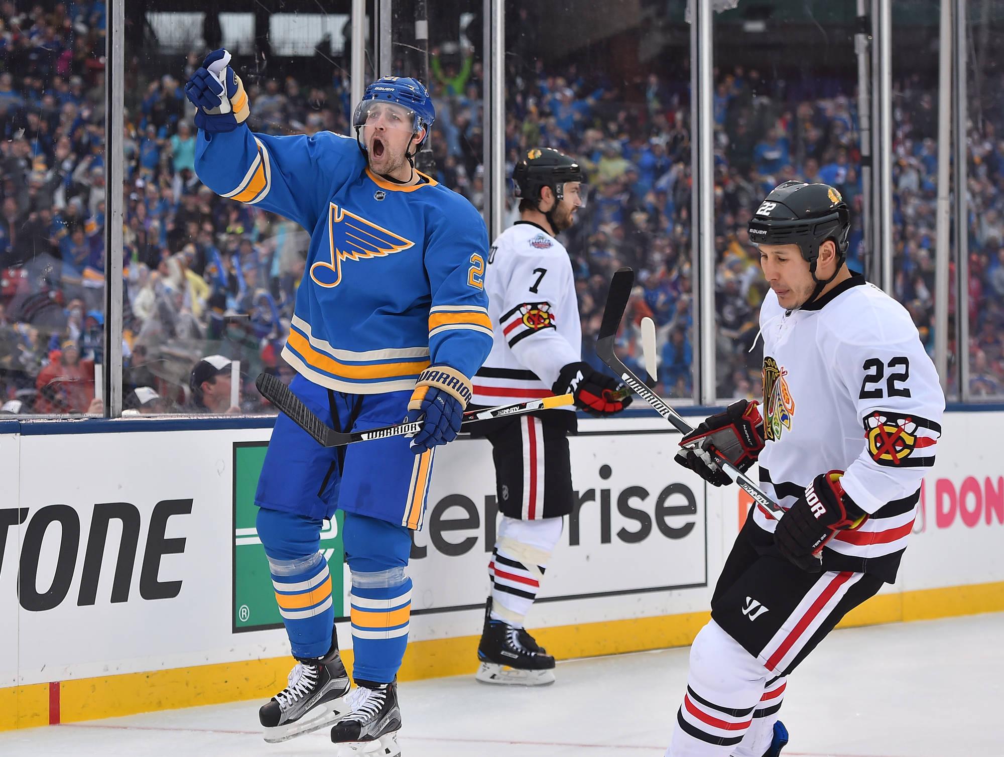 Tarasenko Lifts Blues over Blackhawks
