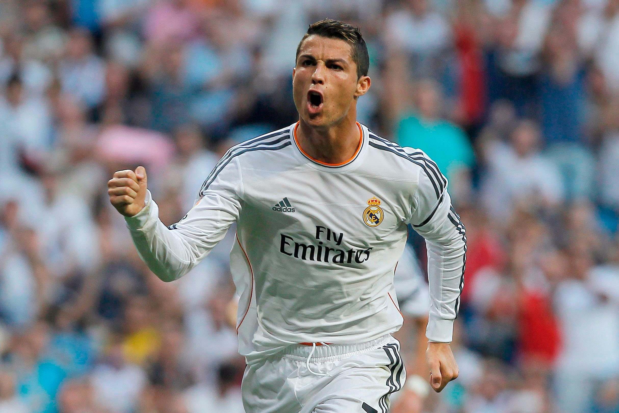 CR7 lefts Real Madrid and goes to France