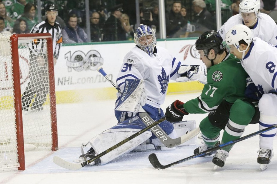 Ajax Native Shines in Stars 6-3 Thumping over Leafs