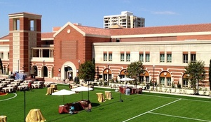 Homeless man impersonates USC football player; lives in athletic facility