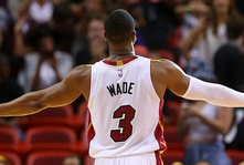 Report: Cleveland trades D-Wade back to Miami