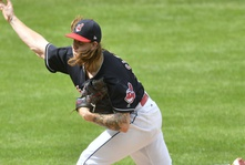 Indians Win AL Record 21st Straight against Tigers
