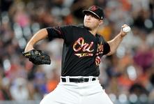 Yankees Bolster Bullpen, Trade for Orioles' Reliever Zach Britton