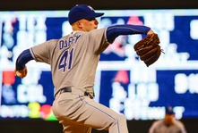 Royals resign Danny Duffy to a 5-year deal