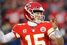 Chiefs Handle Colts, Win First Home Playoff Game In 25 Years