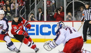 Bobrovsky Stands Tall in Blue Jackets Win Over Devils