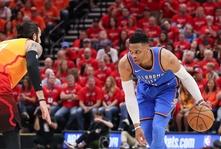 Broken Brodie; Westbrook struggles in Thunder loss