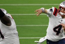 Start Jarrett Stidham After the Patriots are Eliminated from the Playoffs