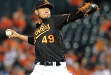 Mariners improve pitching rotation acquire Gallardo