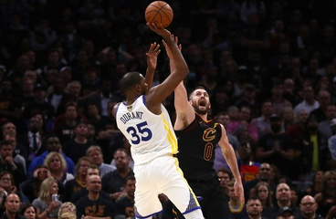 Durant's 43 Points Lead Golden State to Game 3 Victory, Move One Game from NBA Title