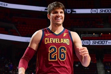 Cavaliers Trade Kyle Korver to Jazz for Alec Burks and Two Second-Round Draft Picks