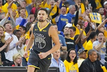 Klay Thompson Is Staying With Golden State.