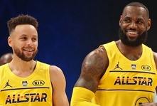 A New Chapter In The Steph-LeBron Rivalry