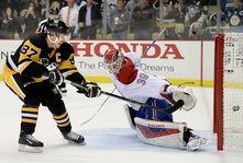 Mike Condon leaving the Habs and is now a member of the Penguins !