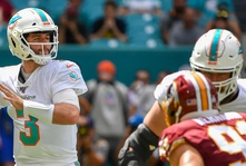 Miami Dolphins: Tanking for Tua looks to be the right move