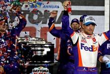 Denny Hamlin wins the 2020 Daytona 500