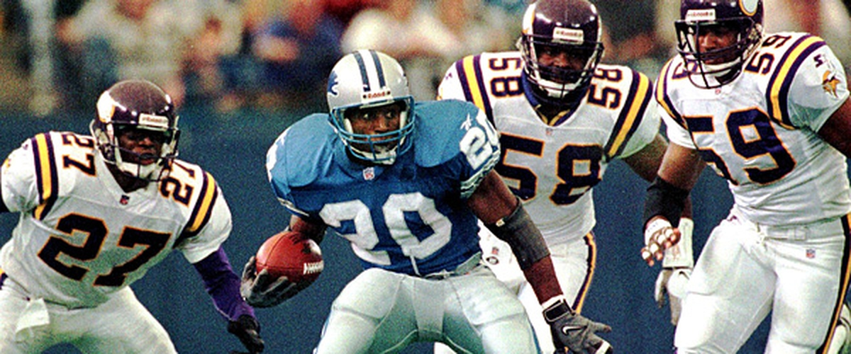 NFL Thanksgiving Rewind: Detroit wins shootout in the Motor City Thanksgiving Day 1995