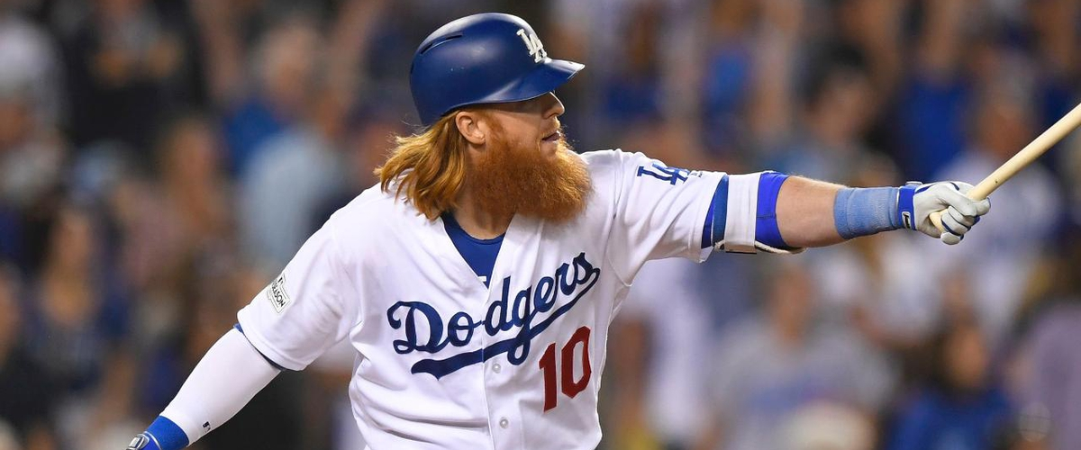 Justin Turner leads the Dodgers to a game one win