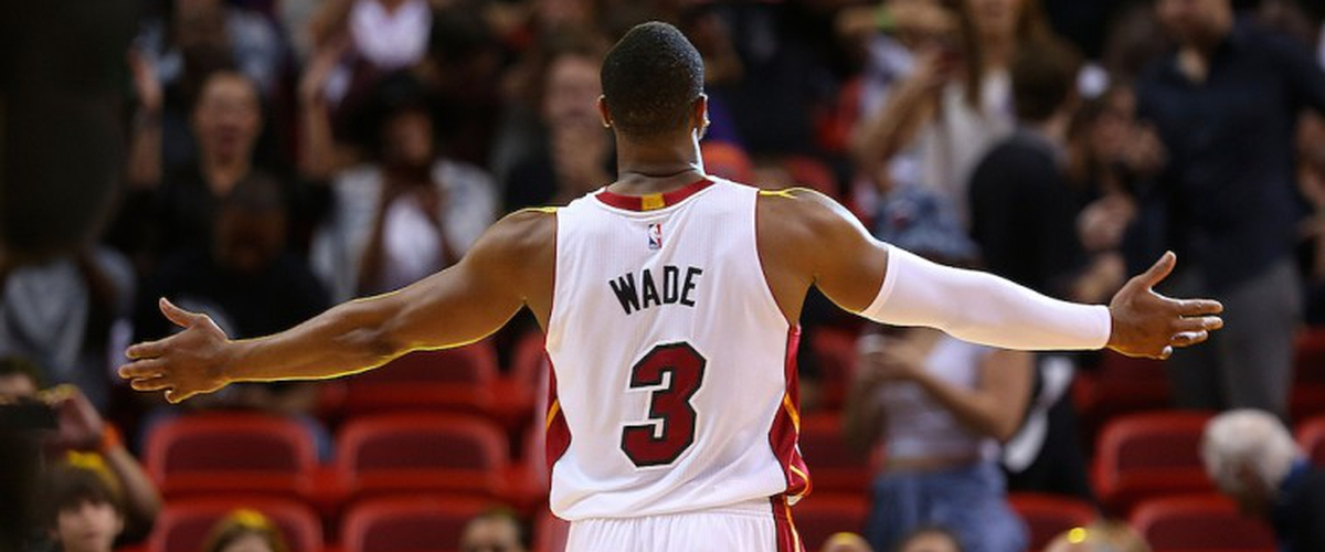 Dwyane Wade tells AP he     wants to retire as a HEAT one day