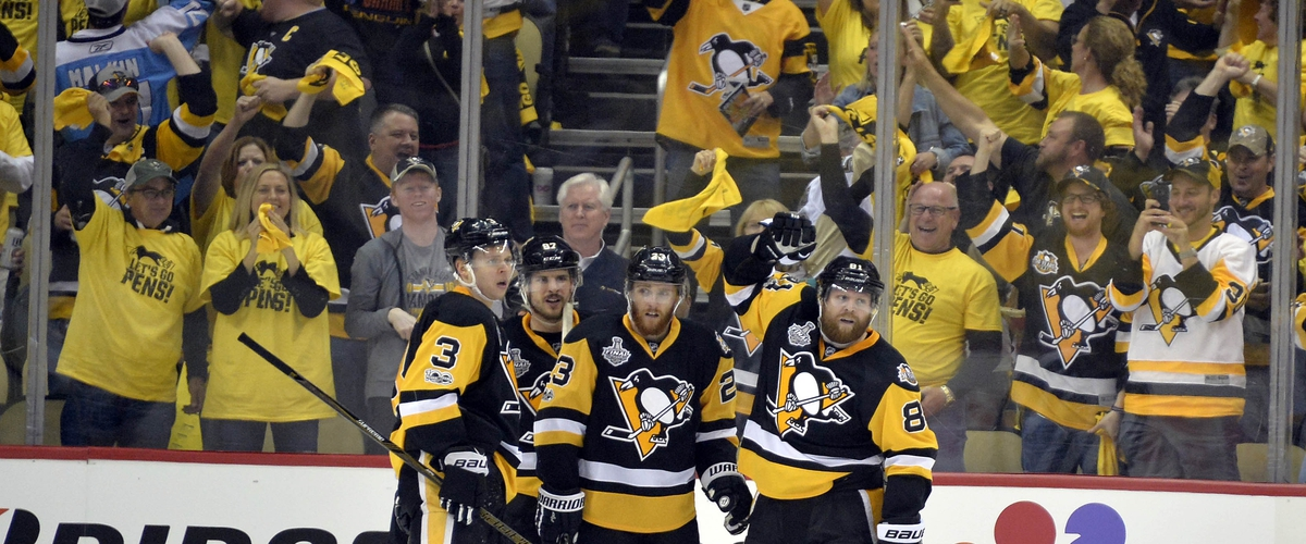 Crosby Sparks Penguins