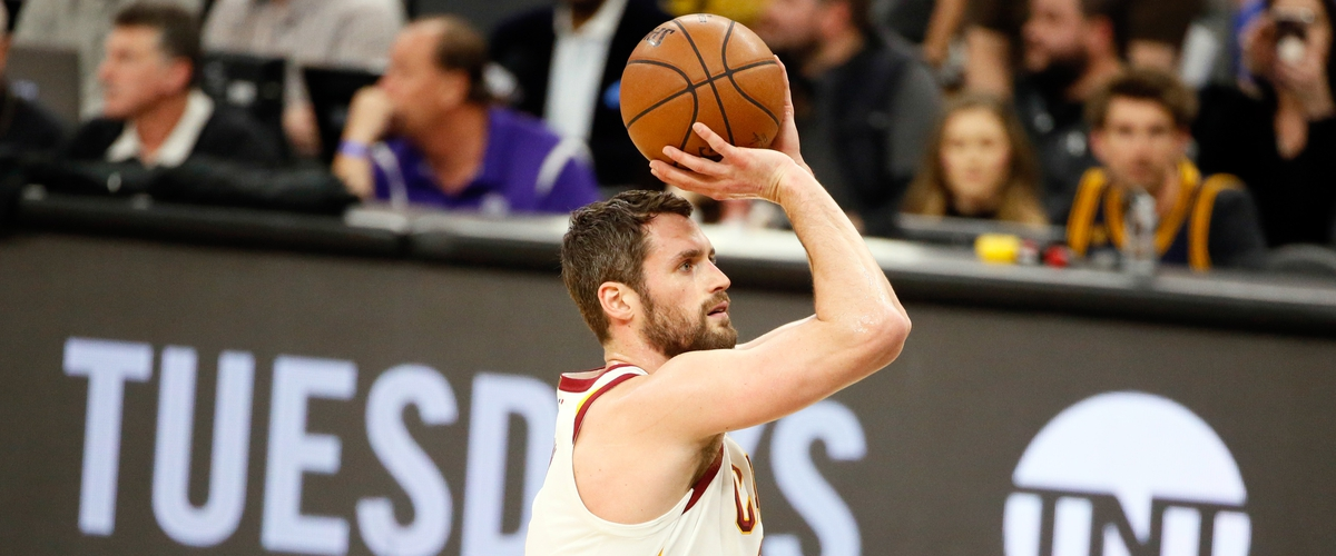 Kevin Love Out 6-8 Weeks with a Broken Hand