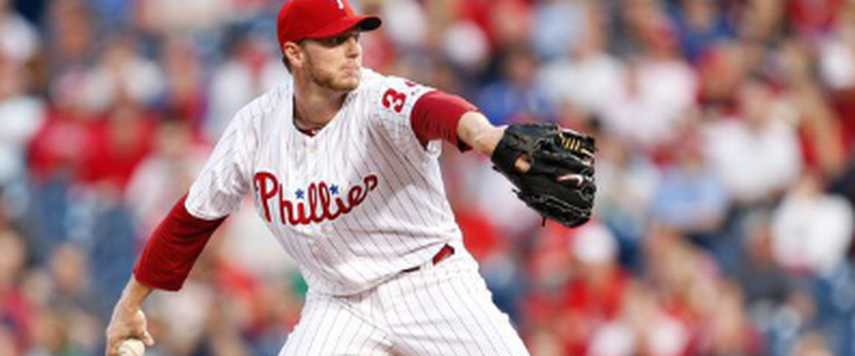Former Cy Young award winning Pitcher Roy Halladay dies at 40 in a plane crash