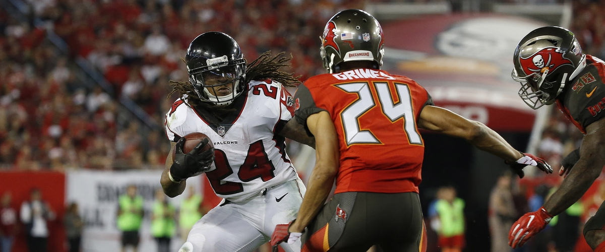 Bucs Free Agency signings get a grade of B-