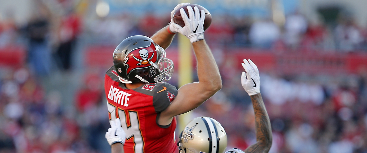 Bucs come to terms with Cameron Brate and Brent Grimes