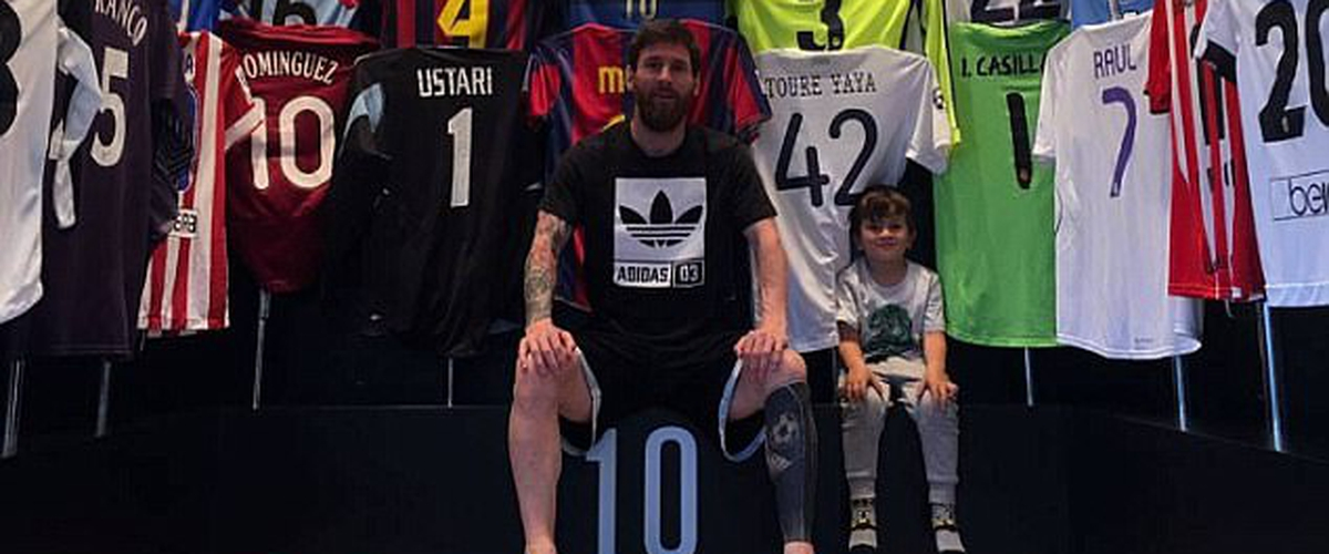 Messi had kept his shirt and published it in the collection, but the unknown Danish player tries to restore the honor (Photo)