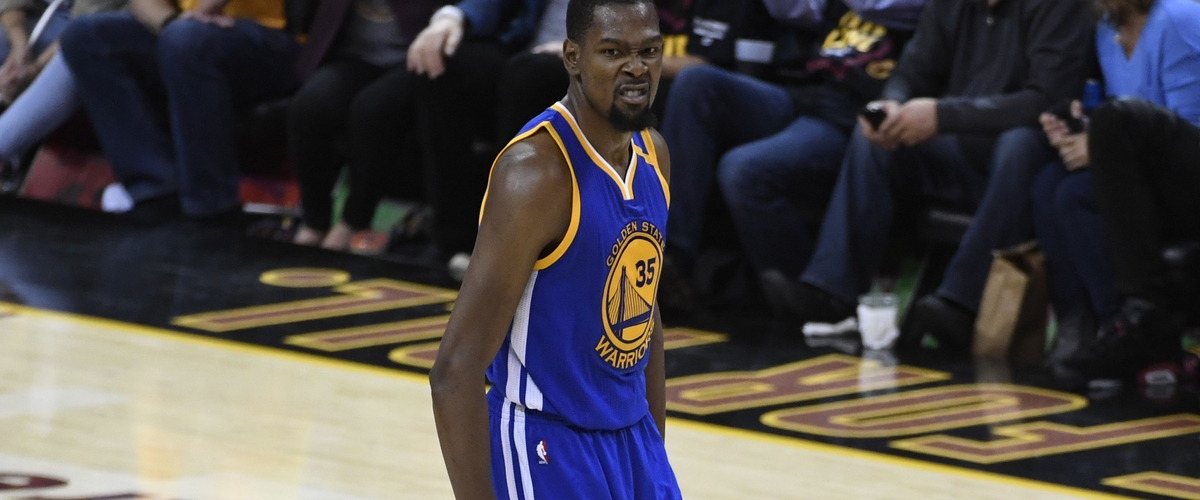 Durant Silence Cavs; Take 3-0 Series Lead