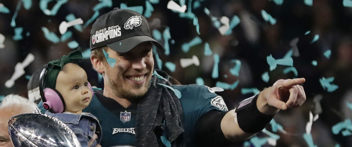 What Should the Eagles do with Nick Foles?