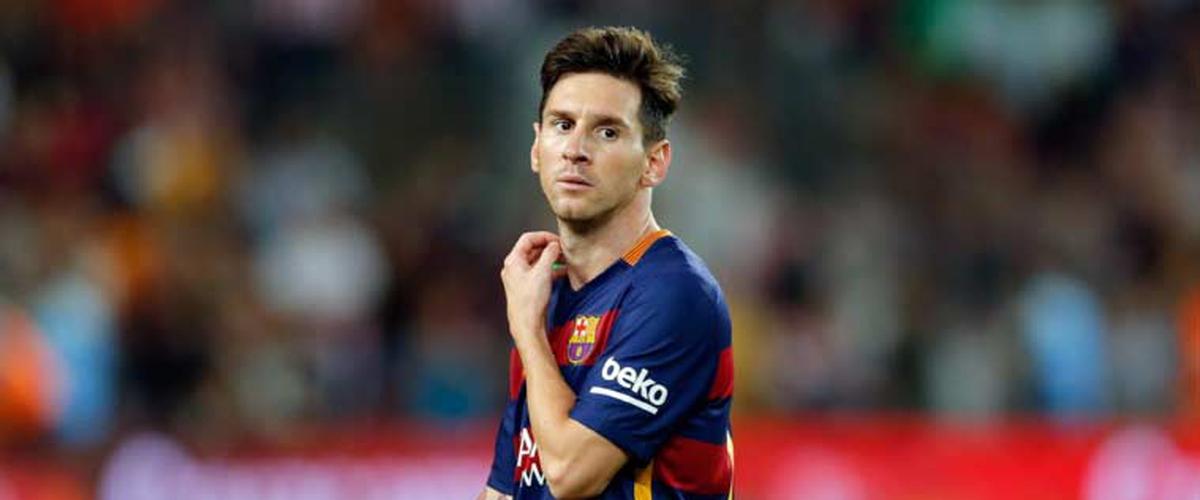 Messi keeps Barcelona alive
