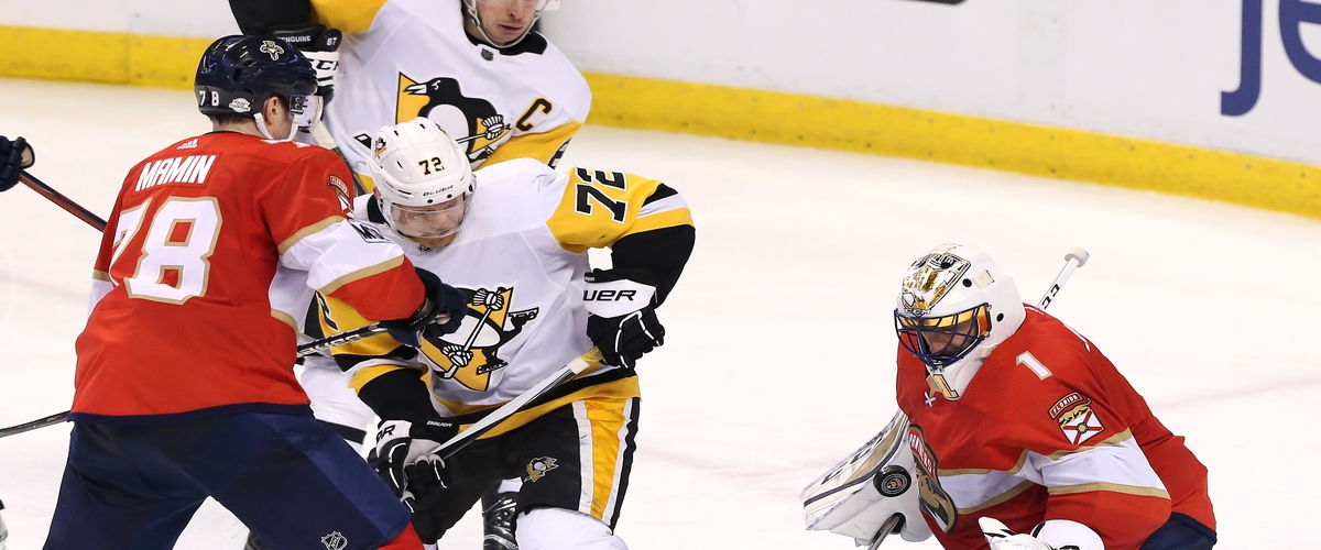 Panthers Late Goal Prevents Penguins Come Back
