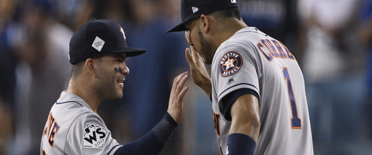 Astros Bats Speak Loud Late in Win over Dodgers