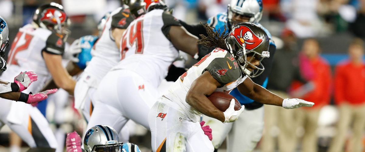 Bucs give it away in loss to the Lions