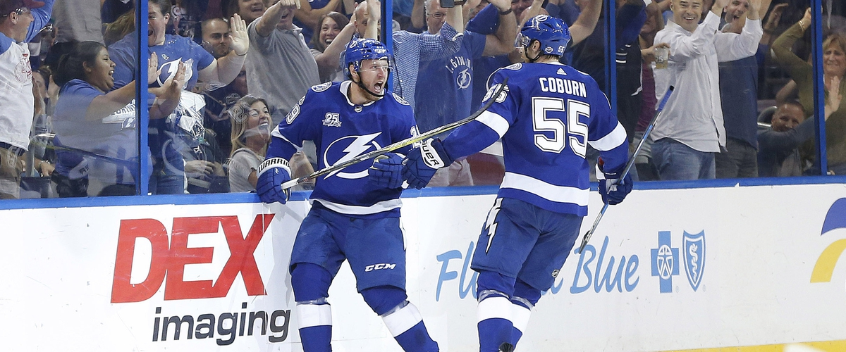 Lightning impressive in beating the Blues