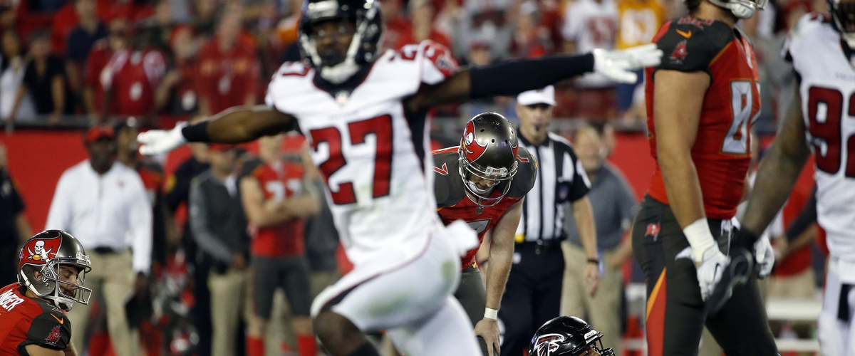 Falcons Hold Off Buccaneers