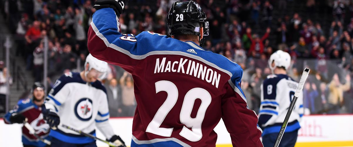 NHL DFS: DraftKings/FanDuel Daily Fantasy Hockey Optimal Lineups - December 9th 2017