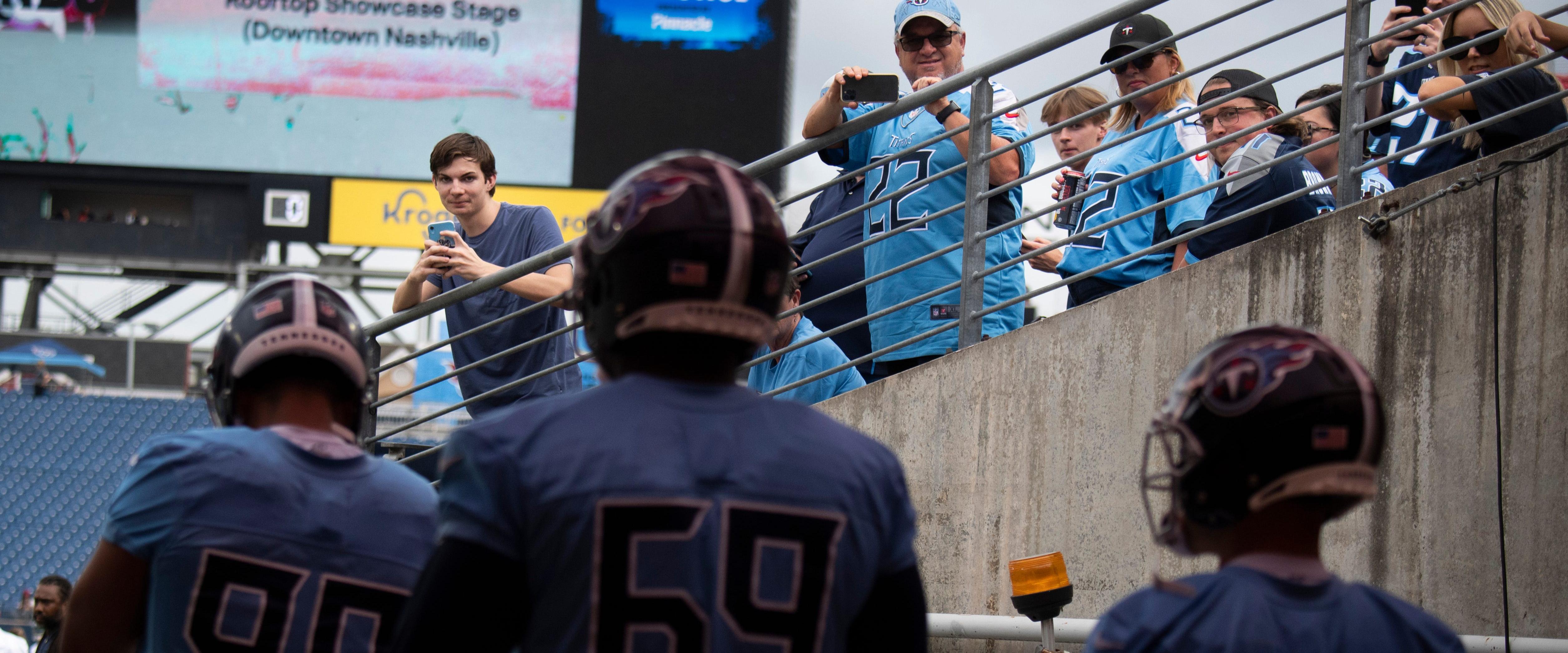 Titans fans enjoy a practice session at Nissan Stadium