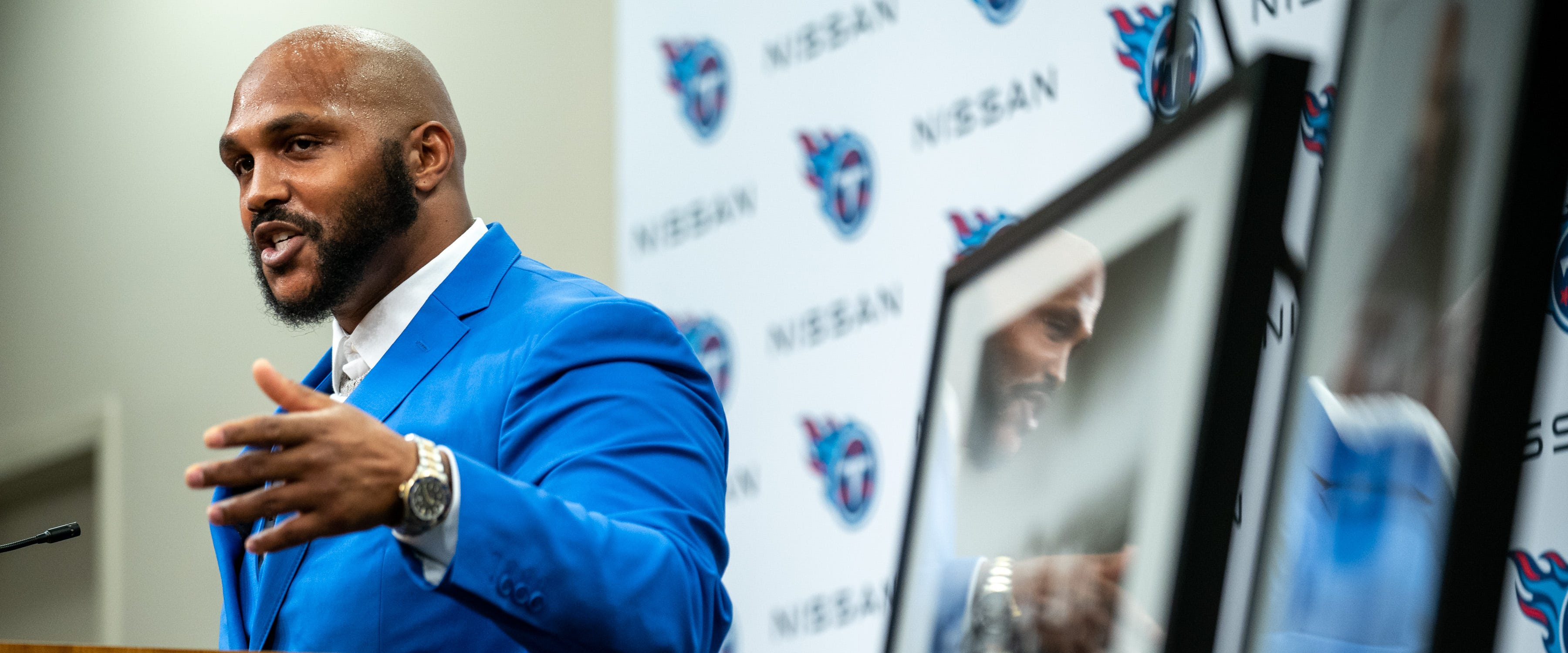 Titans attempt to make amends with Jurrell Casey