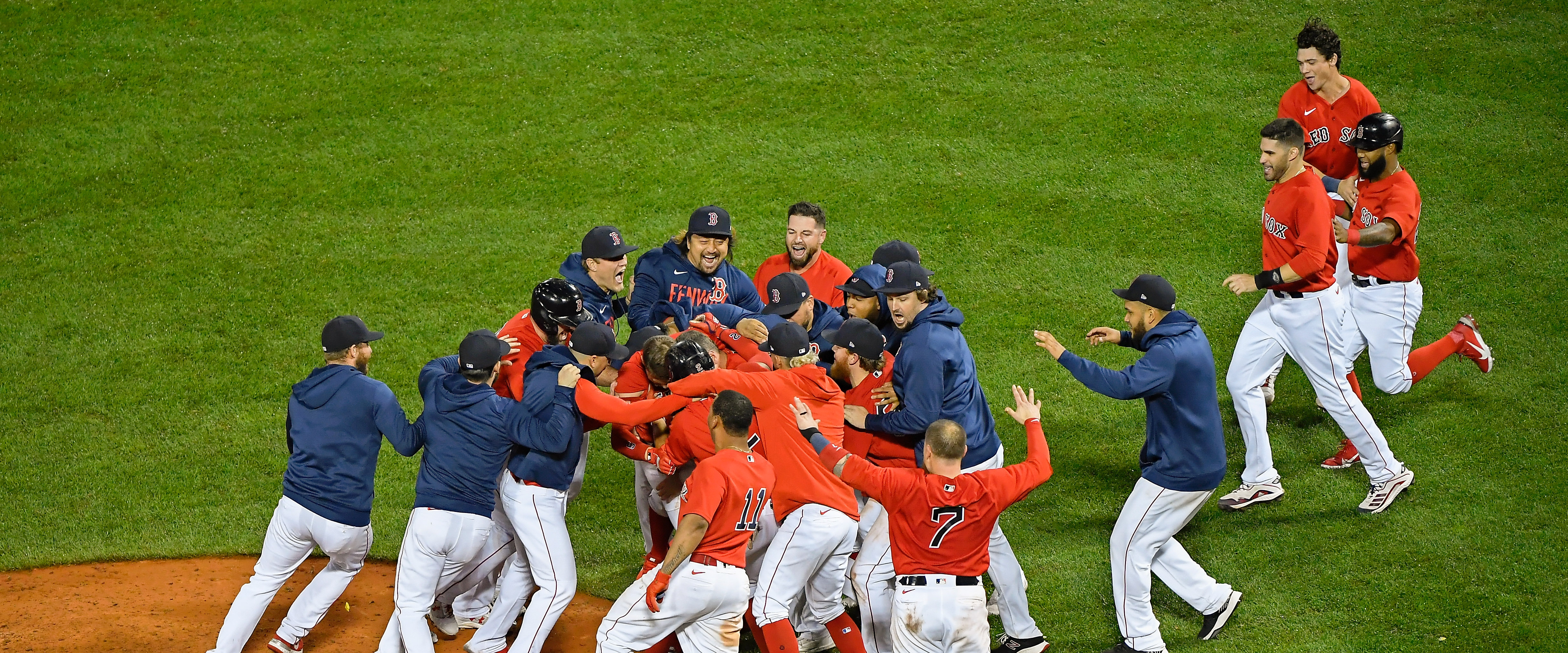 Walk off to win the series! Red Sox move on to the ALCS