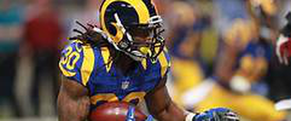 Who is the best in the NFL at running back Girley,Barkley,Bell (hightlights)