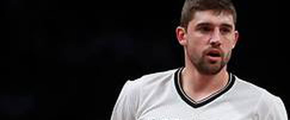 Nets' Joe Harris shocks Warriors' Stephen Curry for 3-point title