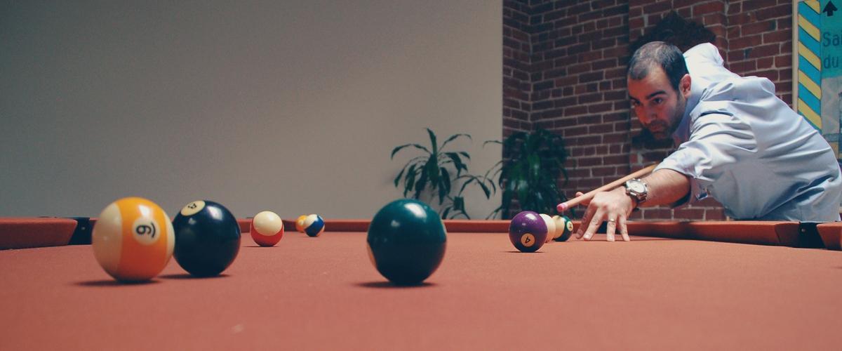 How to Aim in Pool Beginner Guide